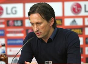 Leverkusens Trainer Schmidt in der PK