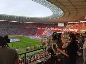 Papptafel-Choreo des FC Bayern