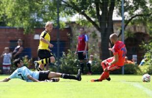 Philipp Hanke erzielt das 1:0