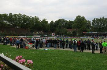Dorfplatzatmosphäre in der Regionalliga