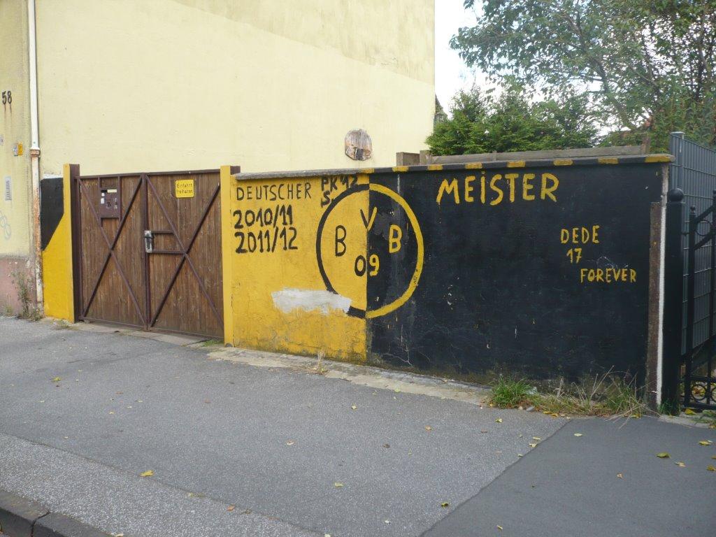 """Die """"gelbe Wand"""""""