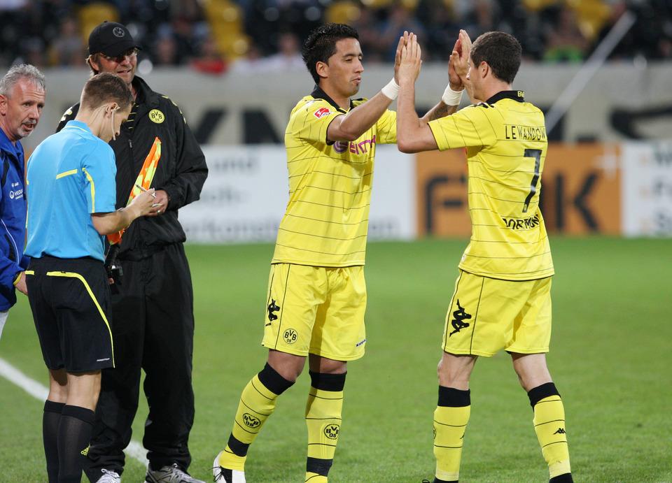 Barrios wird für Lewandowski eingewechselt