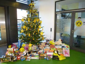 Der Weihnachtsbaum in der BVB-Geschäftsstelle
