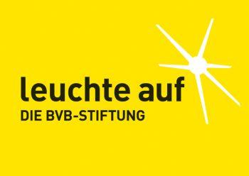 Das Logo der BVB-Stiftung leuchte auf