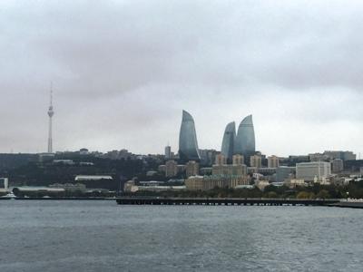 Baku in grau
