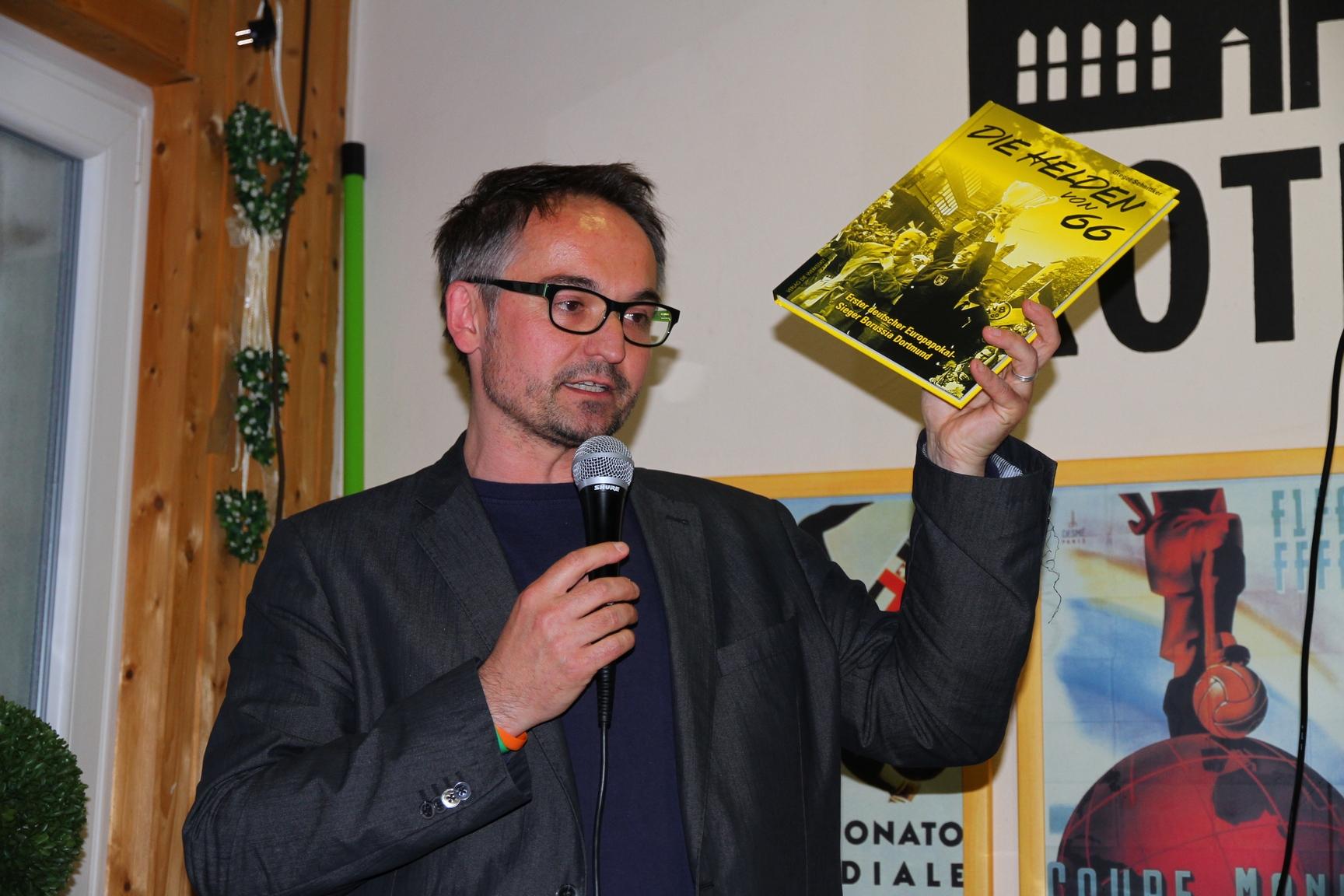 """Gregor Schnittker stellt sein Buch """"Helden von 66"""" vor"""