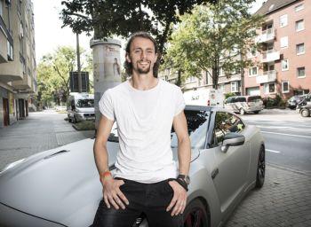 Neven auf seinem Parkplatz - Foto: Achim Multhaupt