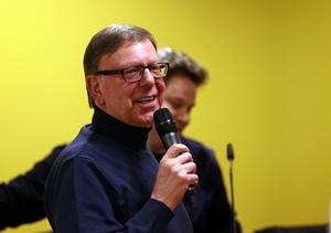 Gerd Kolbe erzählt von seinen Projekten (Bildquelle: Jimmy Hartwig Scholz - BVB Fanabteilung)