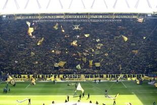 Klare Ansage des Fanbündnisses Südtribüne Dortmund vor dem Anpfiff