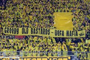Dass die UEFA unsere Helden auf den Platz scheucht, wenn sie eigentlich ihre Wunden heilen sollten.