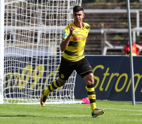 Matchwinner Beyhan Ametov bejubelt das 2-1