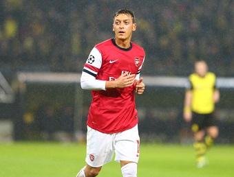 Mesut Özil hat mit seinem Rücktritt aus der Nationalmannschaft einen Stein ins Rollen gebracht