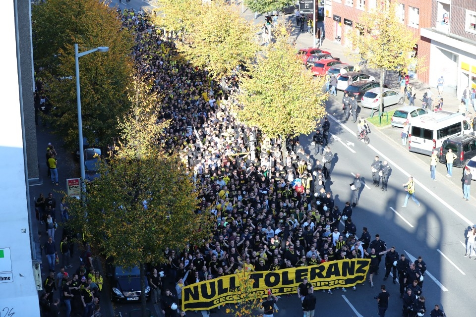 Demonstration vor dem Heimspiel gegen RB in der Hinrunde