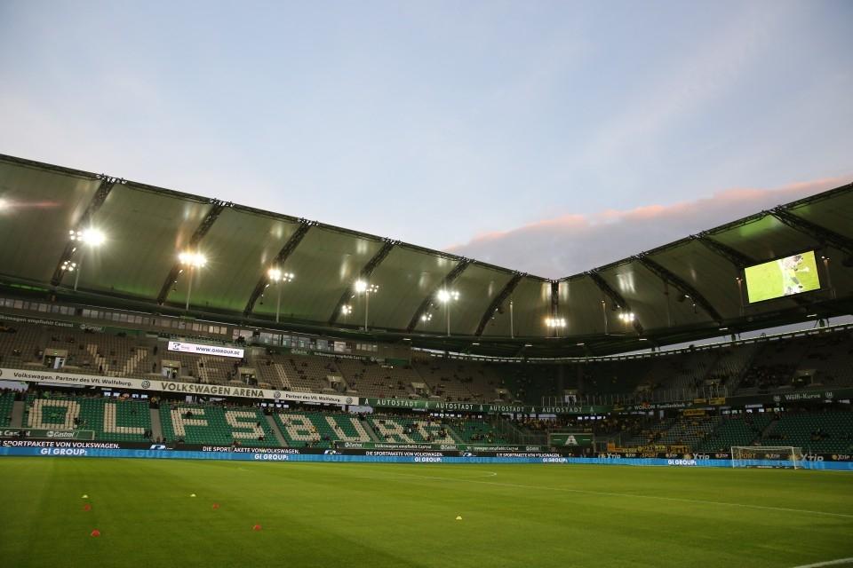 1. Spieltag, der BVB zu Gast und die Hütte ist nicht ausverkauft!