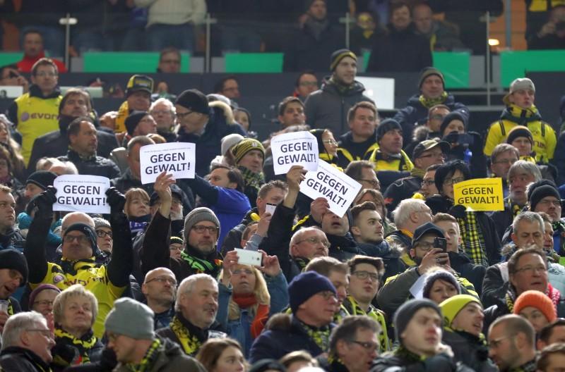 """BVB Fans """"Gegen Gewalt"""""""